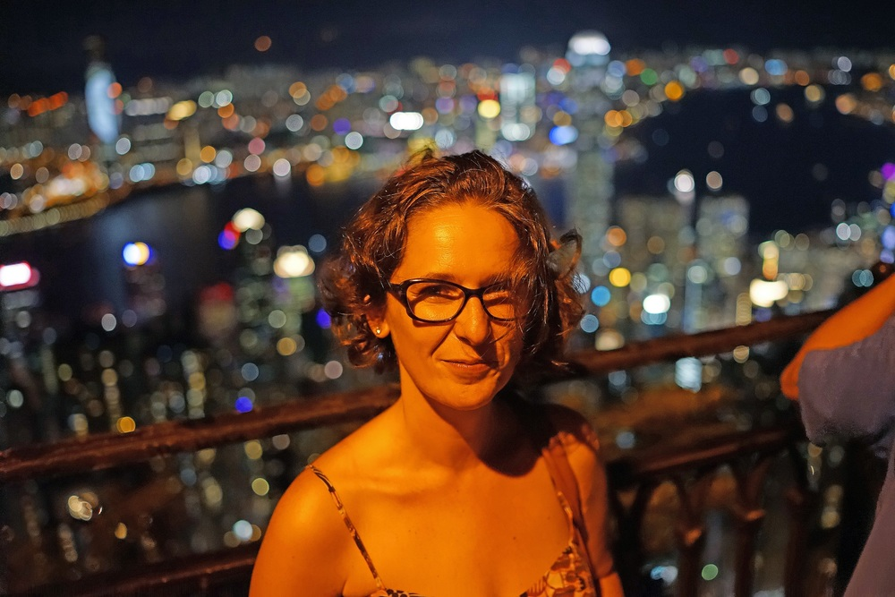 Meet Beatriz, Beatriz is from Spain and we had fabulous night views from my spot at Victoria Peak.