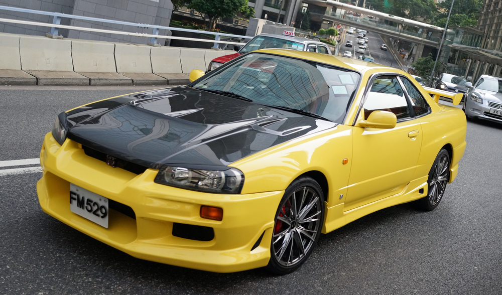 Hong Konger's love their cars and this is a very special Hong Kong car - the older version of the brilliant Nissan GTR which is a Porsche / Ferrari killer! lovely...