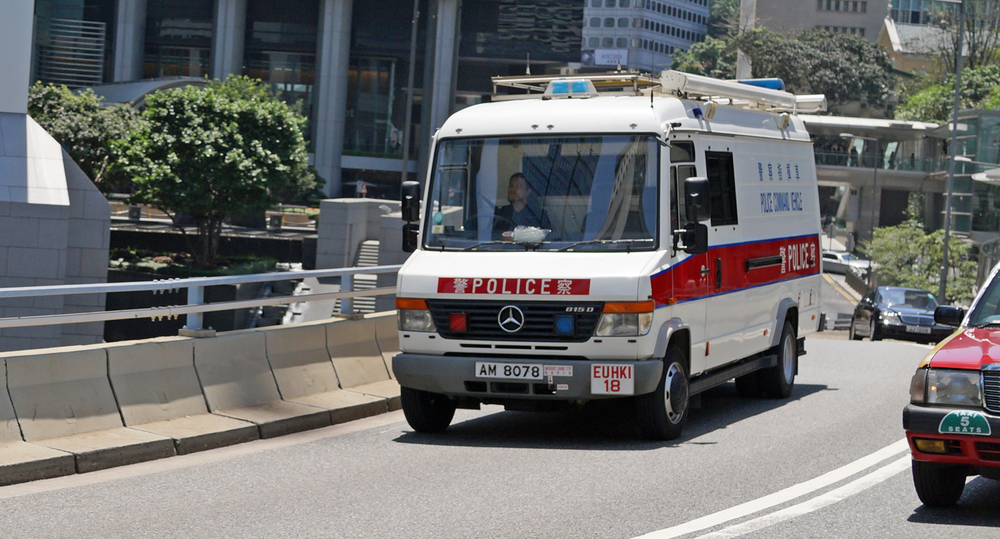 Now this is a rare sighting - a Police Command Vehicle. -  go here for all my Hong Kong Police images