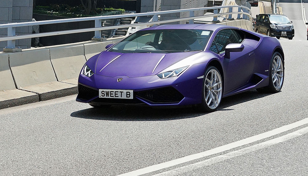 Lamborghini - SWEET B  / I am not sure about the colour but this is the new Lamborghini Huracan, the entry level model! -  go here for my favourite car number plate images in Hong Kong