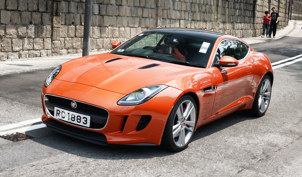 A very, very nice Jaguar sports car..... -  go here for all of my Jaguar car images in Hong Kong