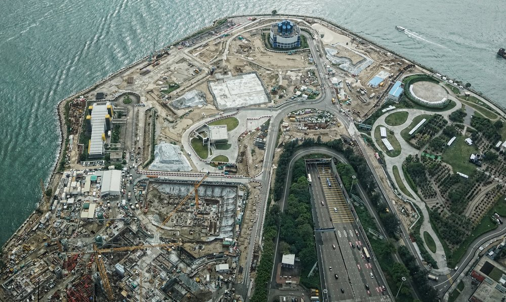 Oh my.... I love going to the Ritz Carlton Hotel for the spectacular views from the 102nd Floor, the image shows the progress of the new West Kowloon Cultural District..