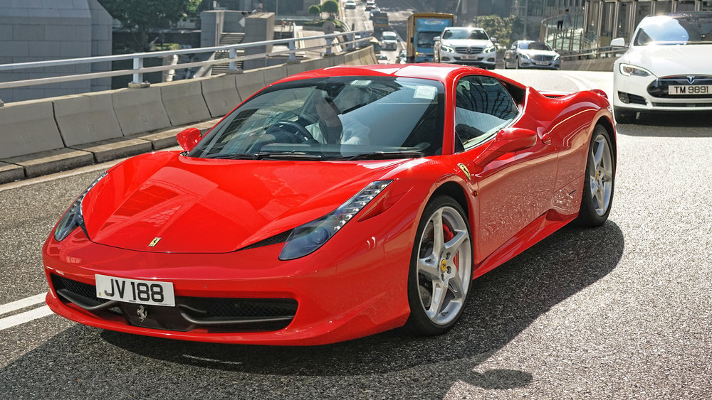 Oh my, what a gorgeous Ferrari, spotted on Garden Road, the Ferrari red is so vibrant, this is model 458 and to me an absolute classic.