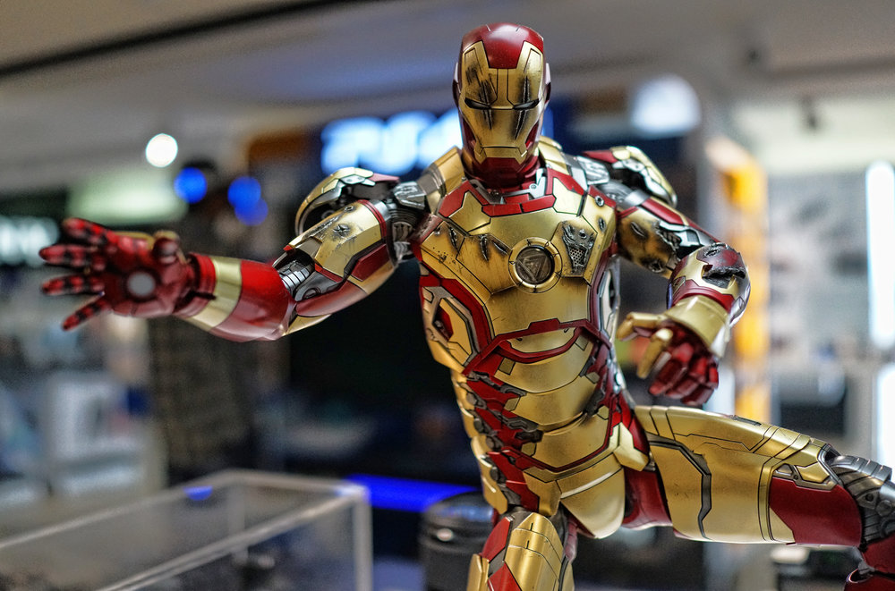 I am always in the Sony store in Ocean Centre checking out stuff and I do love this Ironman model that was on display, very cool.