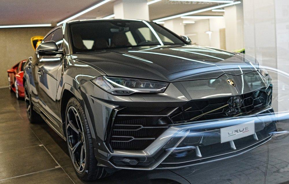Lamborghini Urus - Hong Kong Showroom.JPG
