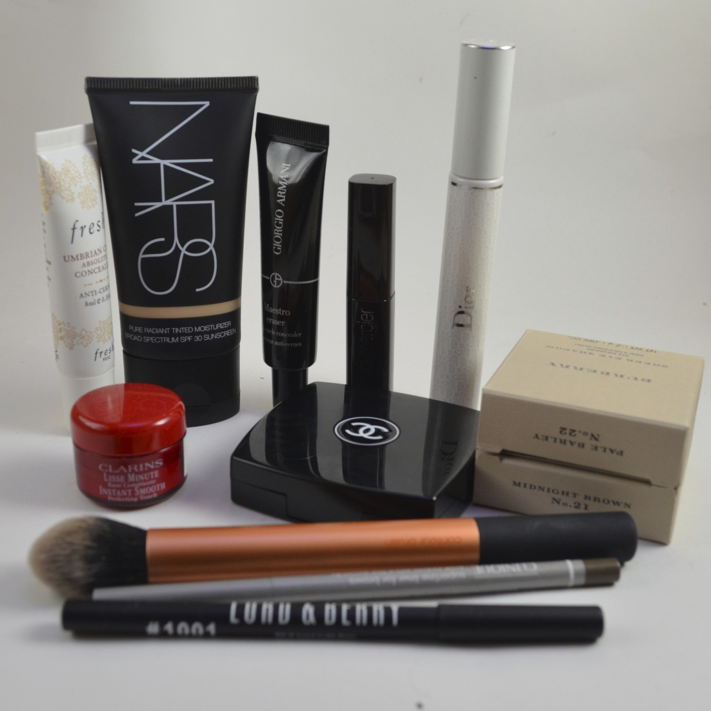 fresh umbrian clay concealer, nars tinted moisturizer, armani maestro eraser, laura mercier full blown volume mascara, diorshow maximizer, burberry midnight brown, burberry pale barley, clarins instant smooth perfecting touch, chanel notorious, clinique superfine liner for brows, lord and berry eyeliner