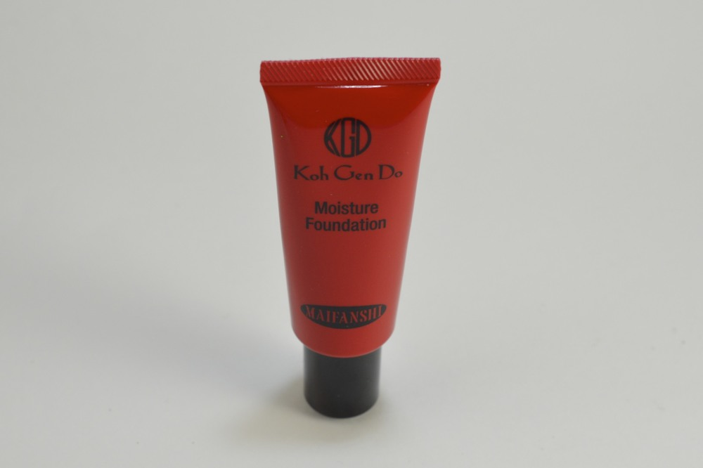 koh gen do moisture foundation review