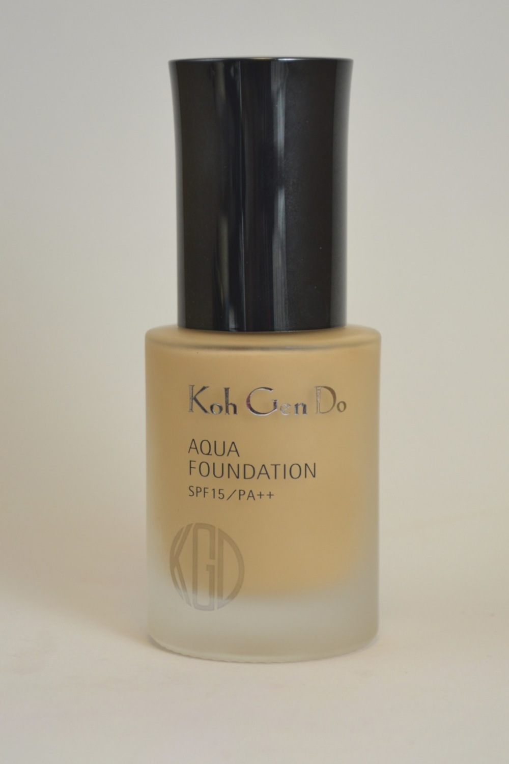 koh gen do aqua foundation review