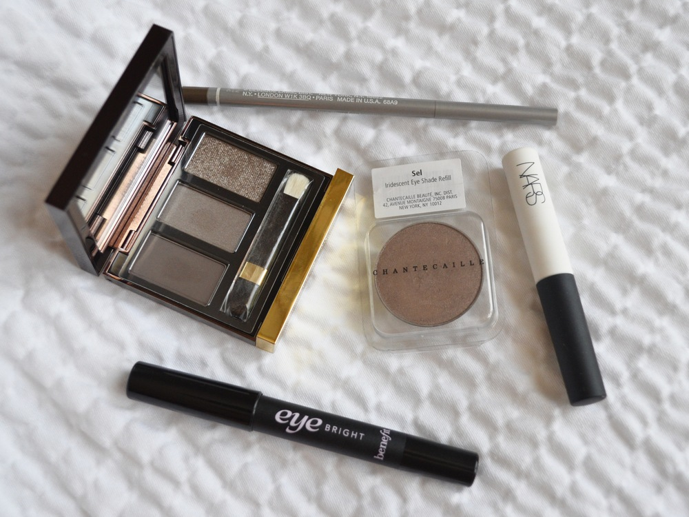tom ford she wolf, clinique superfine liner for brows, chantecaille sel, nars smudgeproof eye primer, benefit eye bright