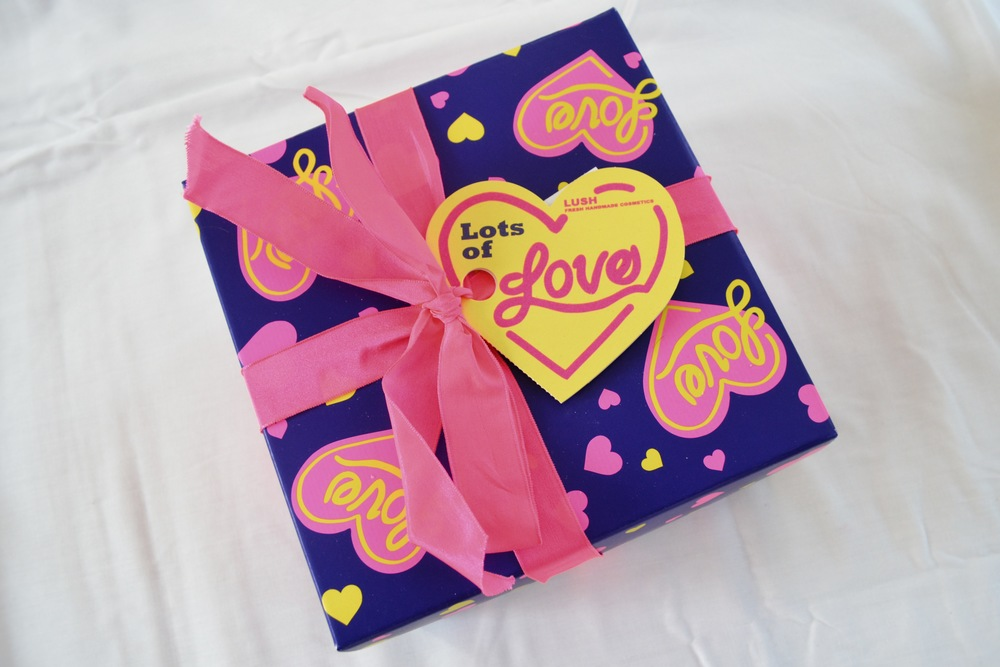 Lush Lots of Love Gift Review, Lush Valentine's Day Collection