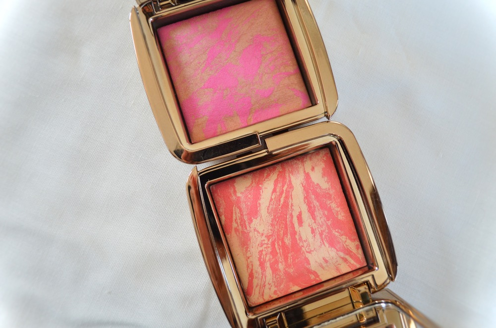 Top: Hourglass Ambient Lighting Blush in Radiant Magenta, Bottom: Hourglass Ambient Lighting Blush in Diffused Heat