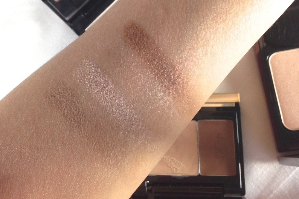 Swatches L-R: Kevyn Aucoin Sculpting Powder in Medium, Kevyn Aucoin Celestial Powder in Candlelight, Kevyn Aucoin The Creamy Glow Duo in Candlelight & Sculpting