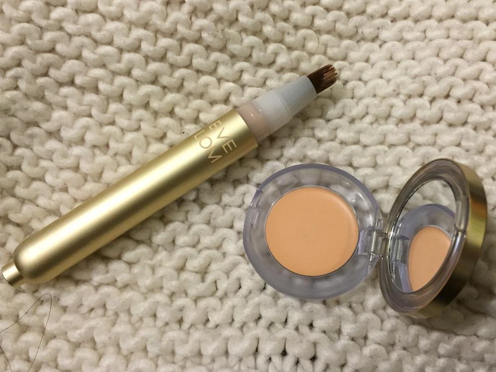 Eve Lom Light Illusion Concealer Review, Eve Lom Brilliance Cover Concealer Review