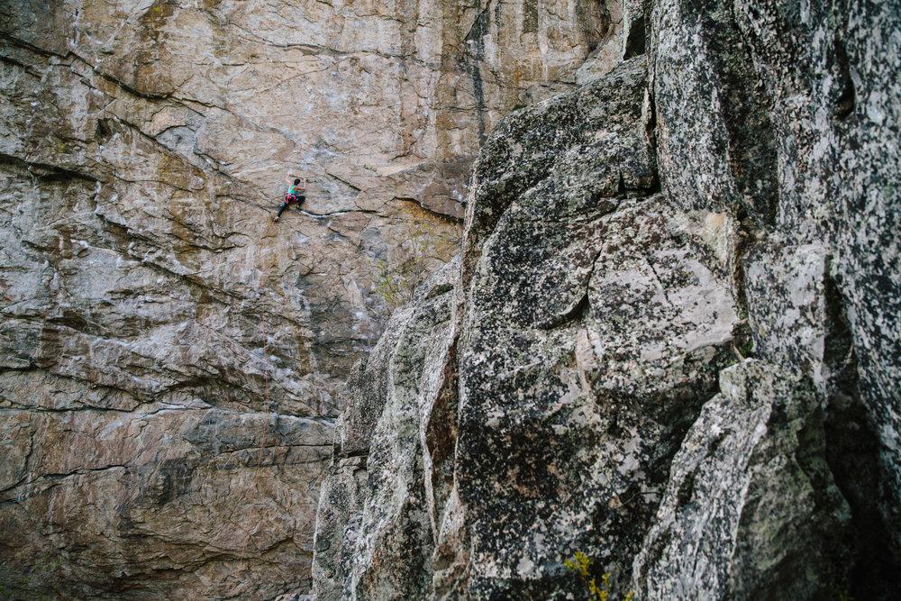 18robb-thompson-skaha-climbing-sarah-leanne-hart-.jpg