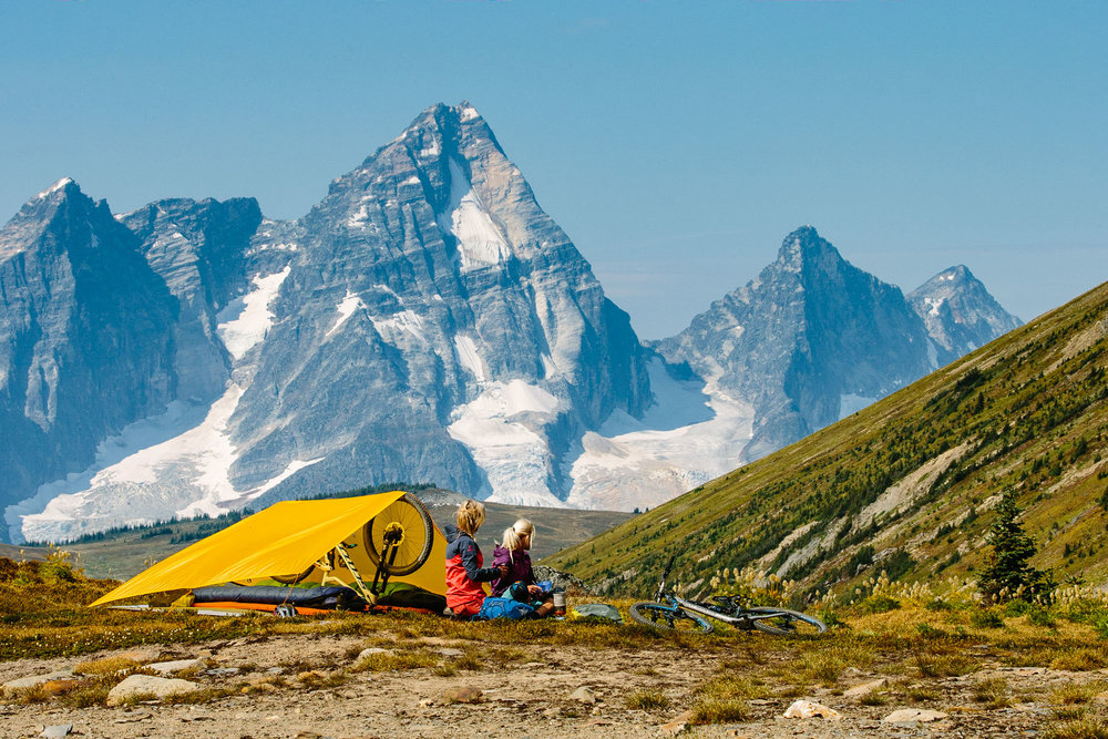 Lorraine Blancher & Kylee Toth Ohler, Purcell Mountains BC (Mount Sir Donald in background)Photo: Robb Thompson