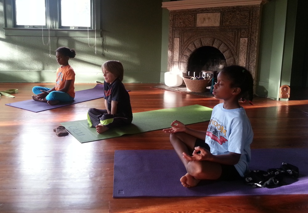 How Mindfulness And Storytelling Help >> Story And Stretch Narrative Yoga For Kids Eka