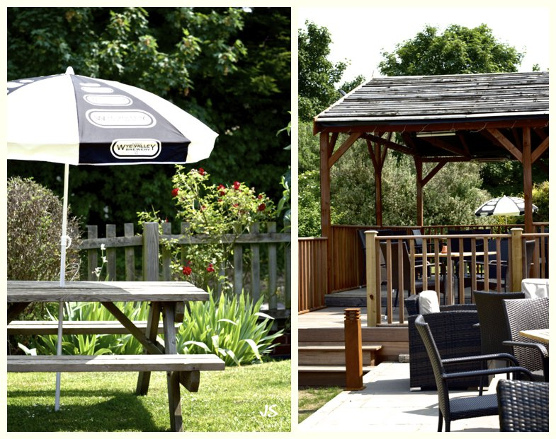 The Royal Exchange Hartbury gardens, patio and heated covered deck