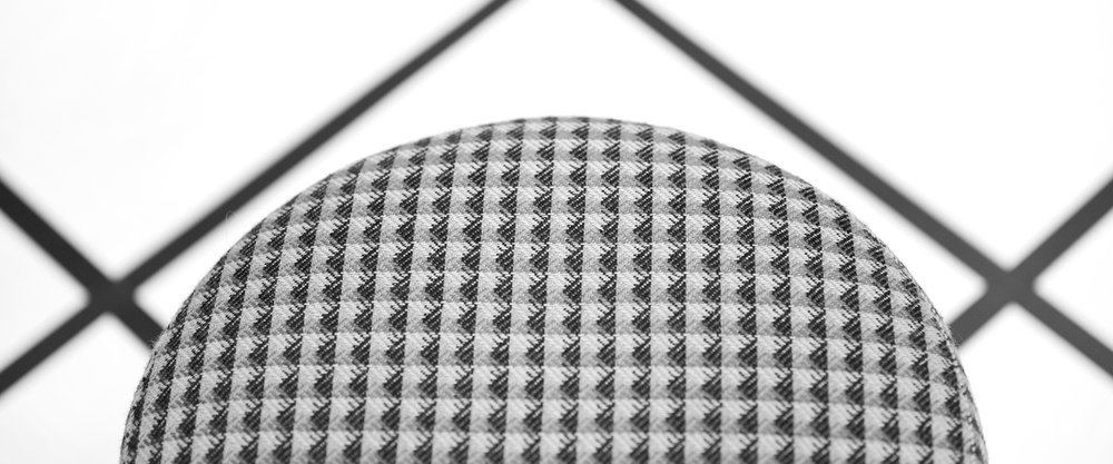Woody_Stool_Knurled_02_WEB_crop.jpg