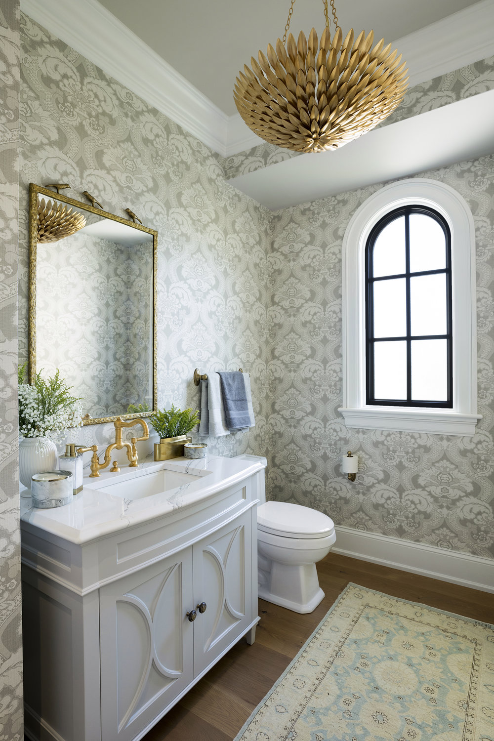 Lake Minnetonka, ASID ShOWCASE HOUSe, 2017  We had the opportunity to join twenty-four other Interior Designers on this year's Showcase House. After a year in the making, Design by Lisa was able to unveil the Entry, Powder Room, Staircase and Upstairs Hallway. We love how fresh this Chateau Powder Bath turned out!