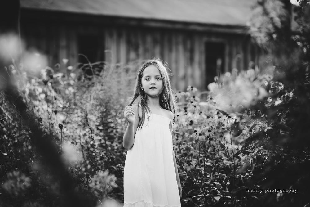 malilyphotography intheflowers_w.jpg