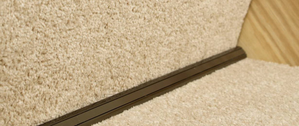 Awesome Stargrip Stair Rods Offer A Unique Way To Fix Carpet To The Stair.
