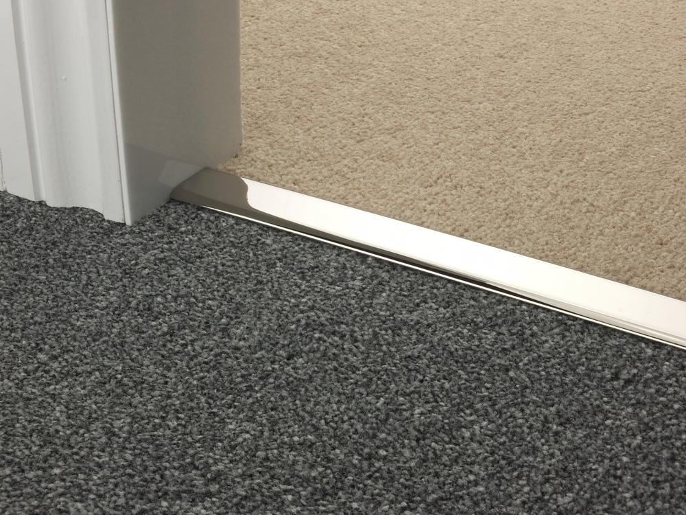 door_bar_chrome_doublez_carpet_carpet.jpg