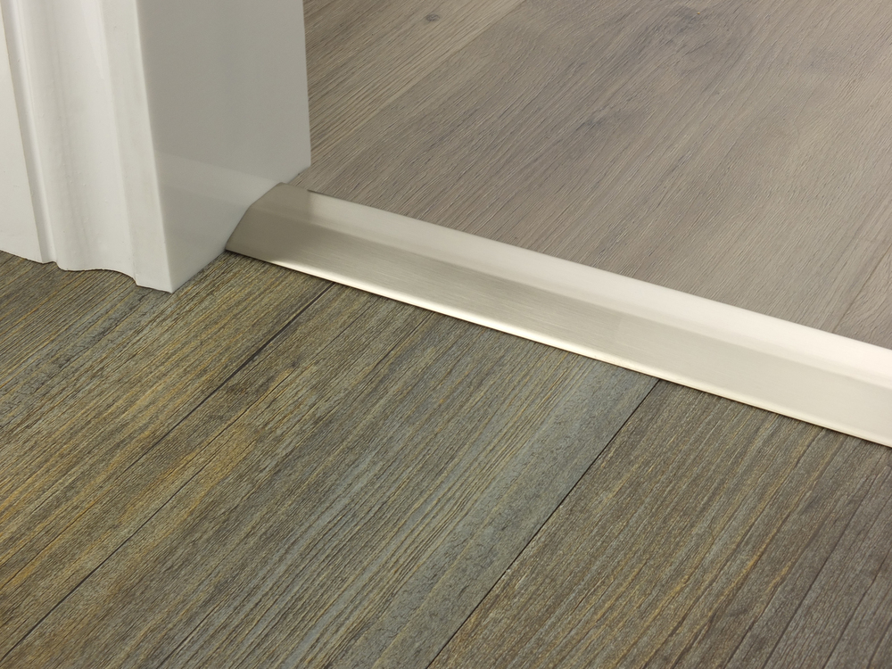 door_bar_two_way_ramp_satin_nickel_6mm_lvt_lvt.jpg
