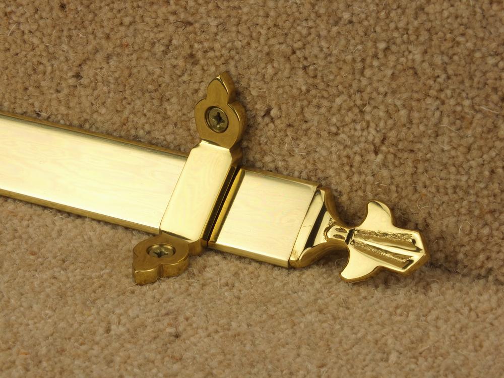 stairrods-brass-triangular-fleur-de-lys.jpg