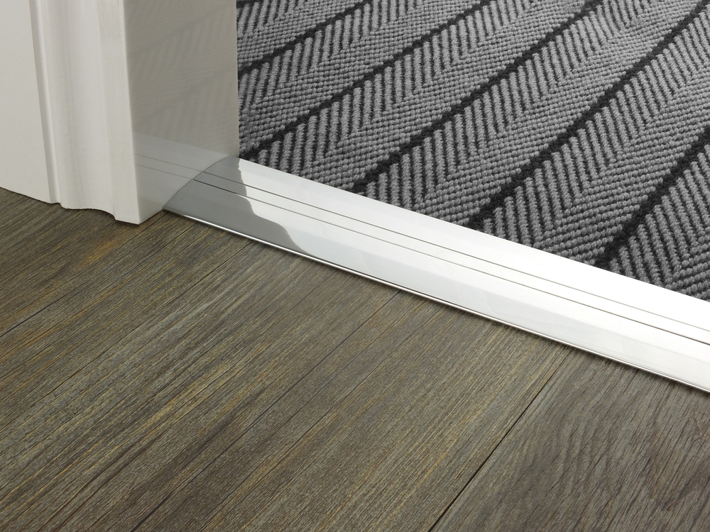 door_bar_brushed_chrome_posh_55_flatweave.jpg