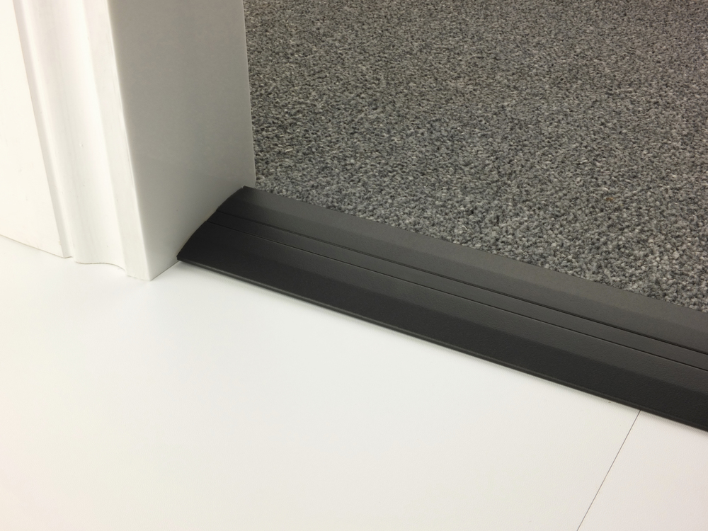 stairrods-doorbar-black-posh55-cthf.jpg