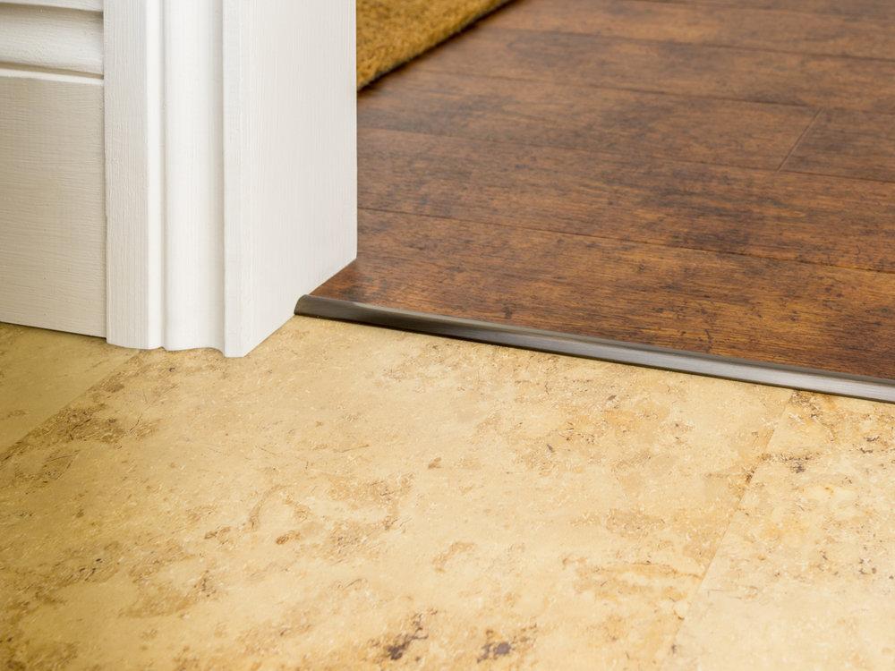 stairrods-bronze-bevel-cap-HTH.jpg