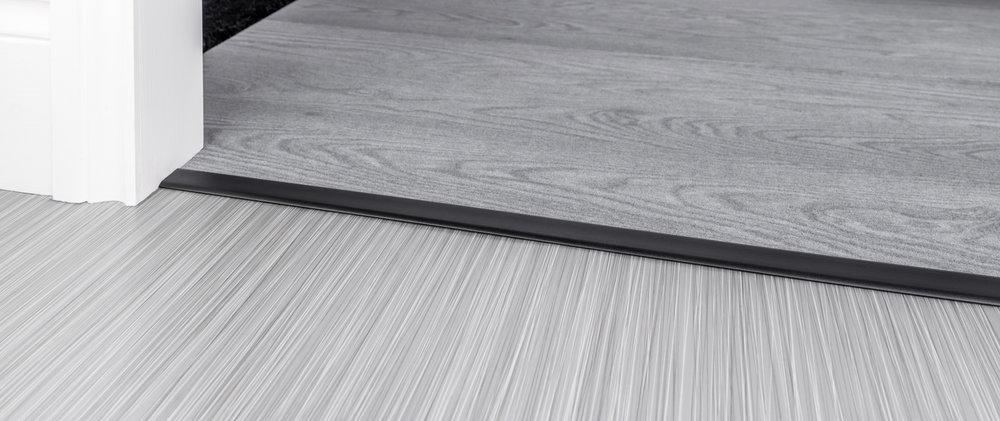 stairrods-black-doublez4-CTH.jpg