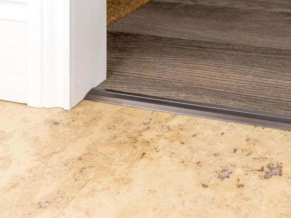 stairrods-bronze-posh30-CTH.jpg