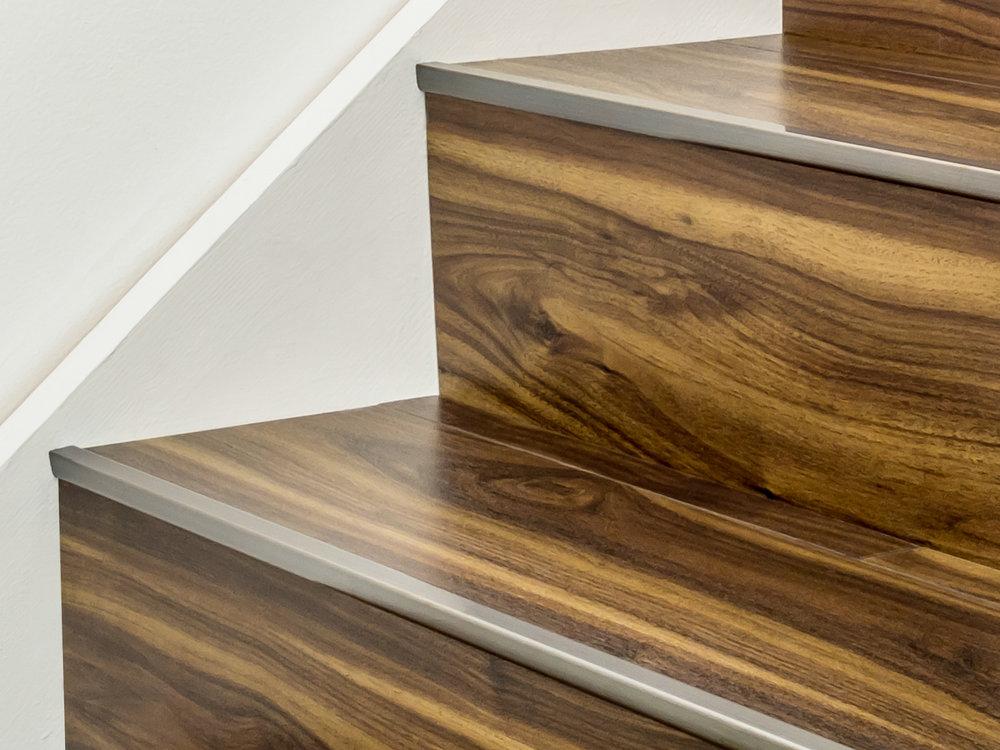 Stairrods-bronze-little-nose-stair.jpg