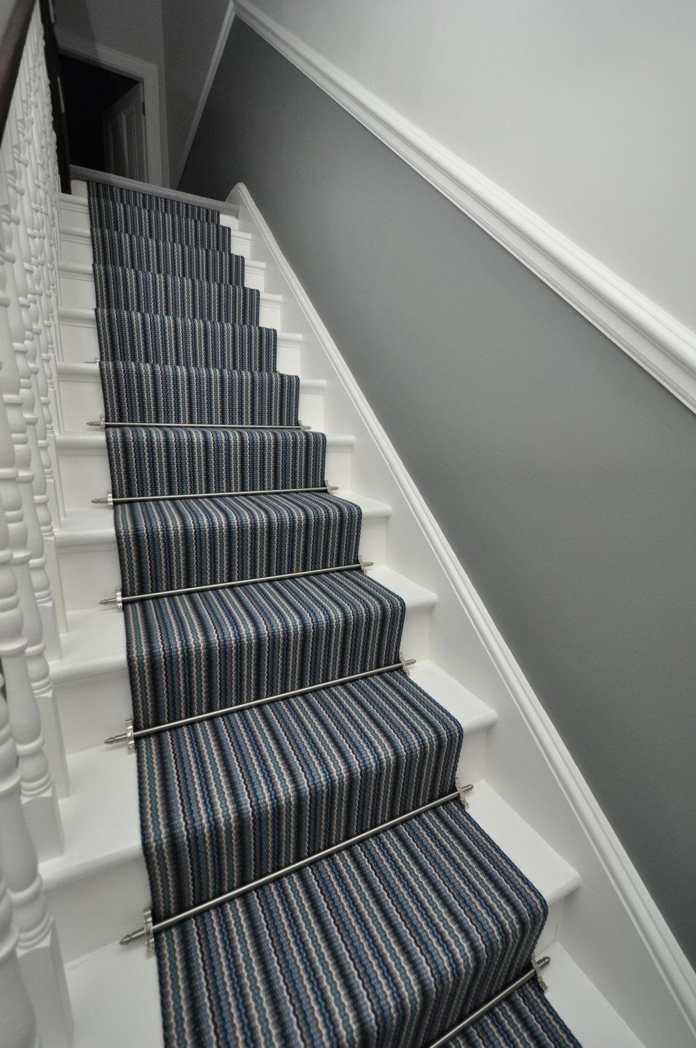 flatweave-stair-runners-london-bowloom-carpet-geometric-off-the-loom-DSC_1549.jpg