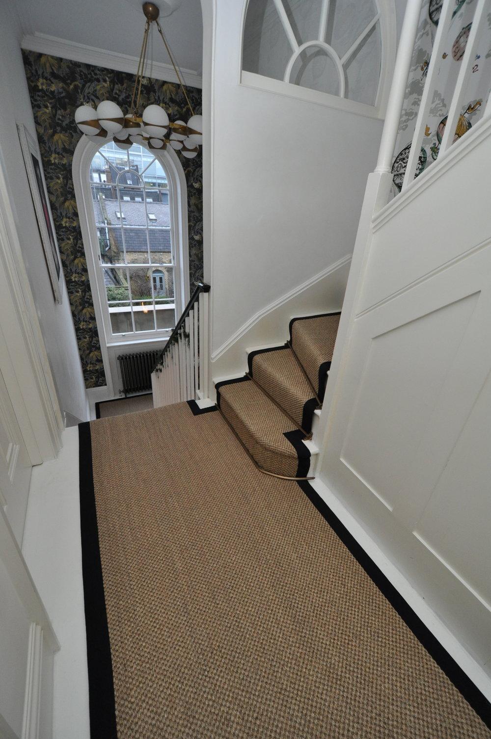 flatweave-stair-runners-london-bowloom-carpet-geometric-off-the-loom-DSC_1441.jpg