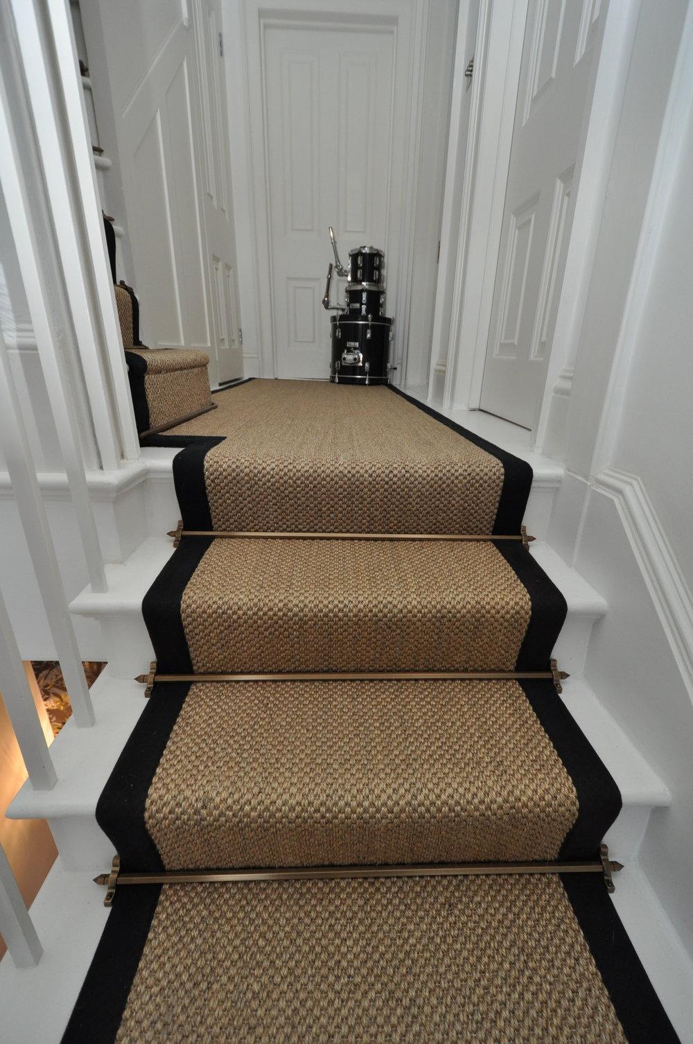 flatweave-stair-runners-london-bowloom-carpet-geometric-off-the-loom-DSC_1444.jpg