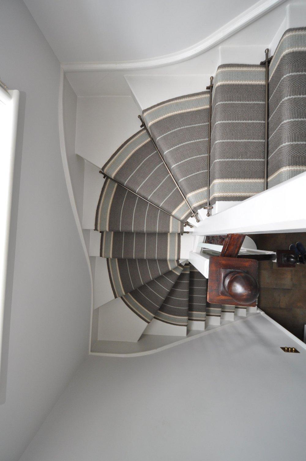 flatweave-stair-runner-london-bowloom-carpet-off-the-loom-DSC_1486.jpg