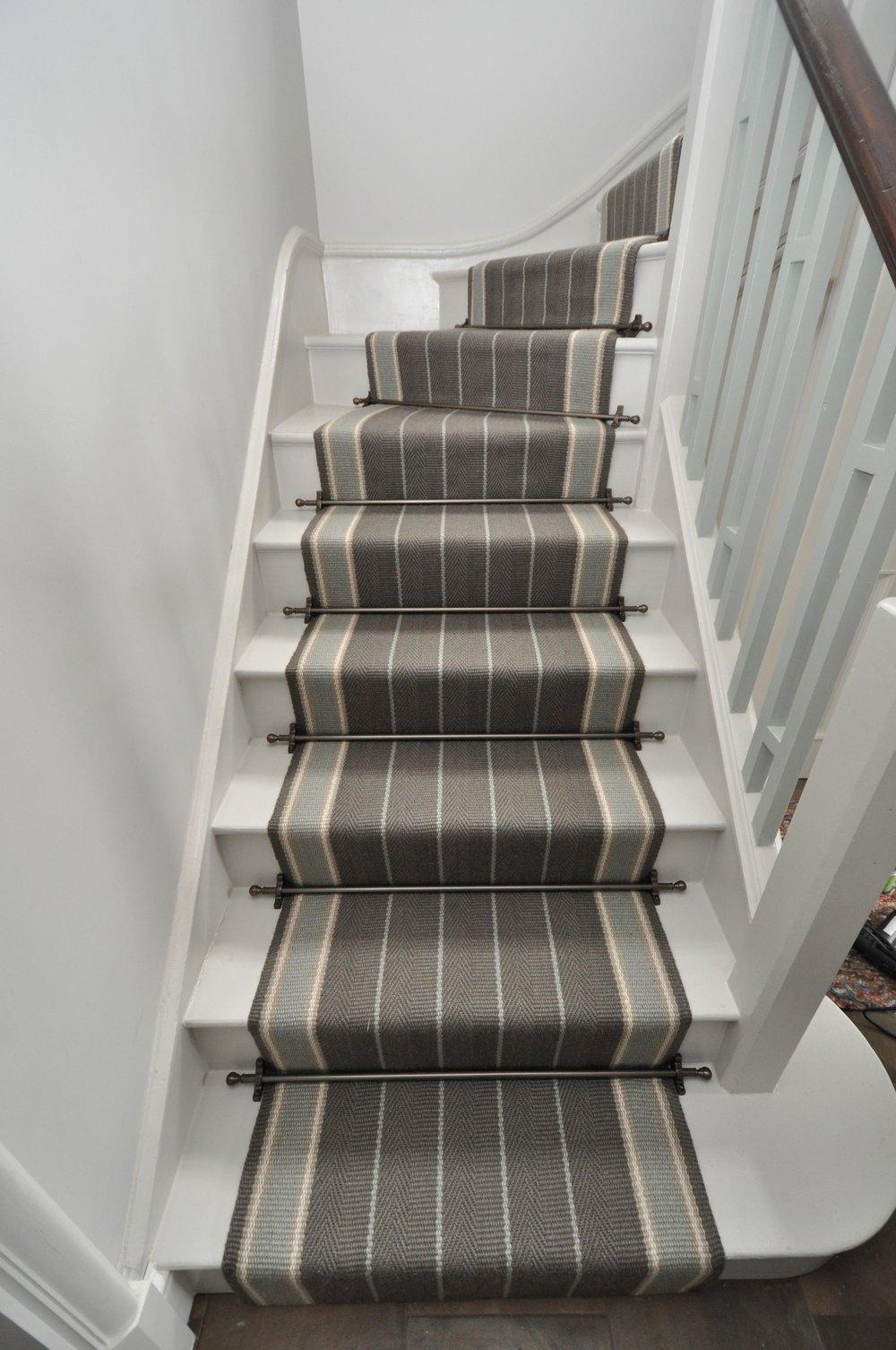 flatweave-stair-runner-london-bowloom-carpet-off-the-loom-DSC_1500.jpg