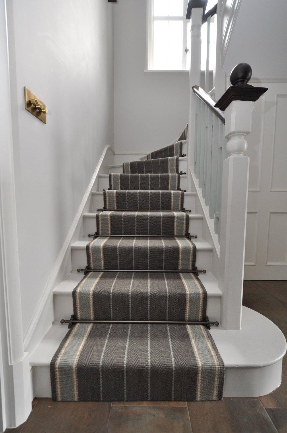 flatweave-stair-runner-london-bowloom-carpet-off-the-loom-DSC_1502.jpg