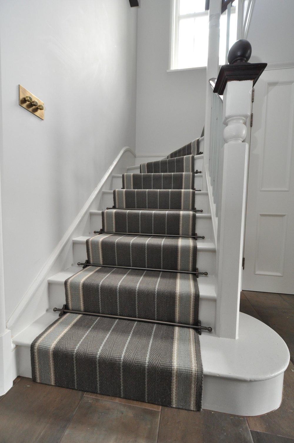 flatweave-stair-runner-london-bowloom-carpet-off-the-loom-DSC_1503.jpg