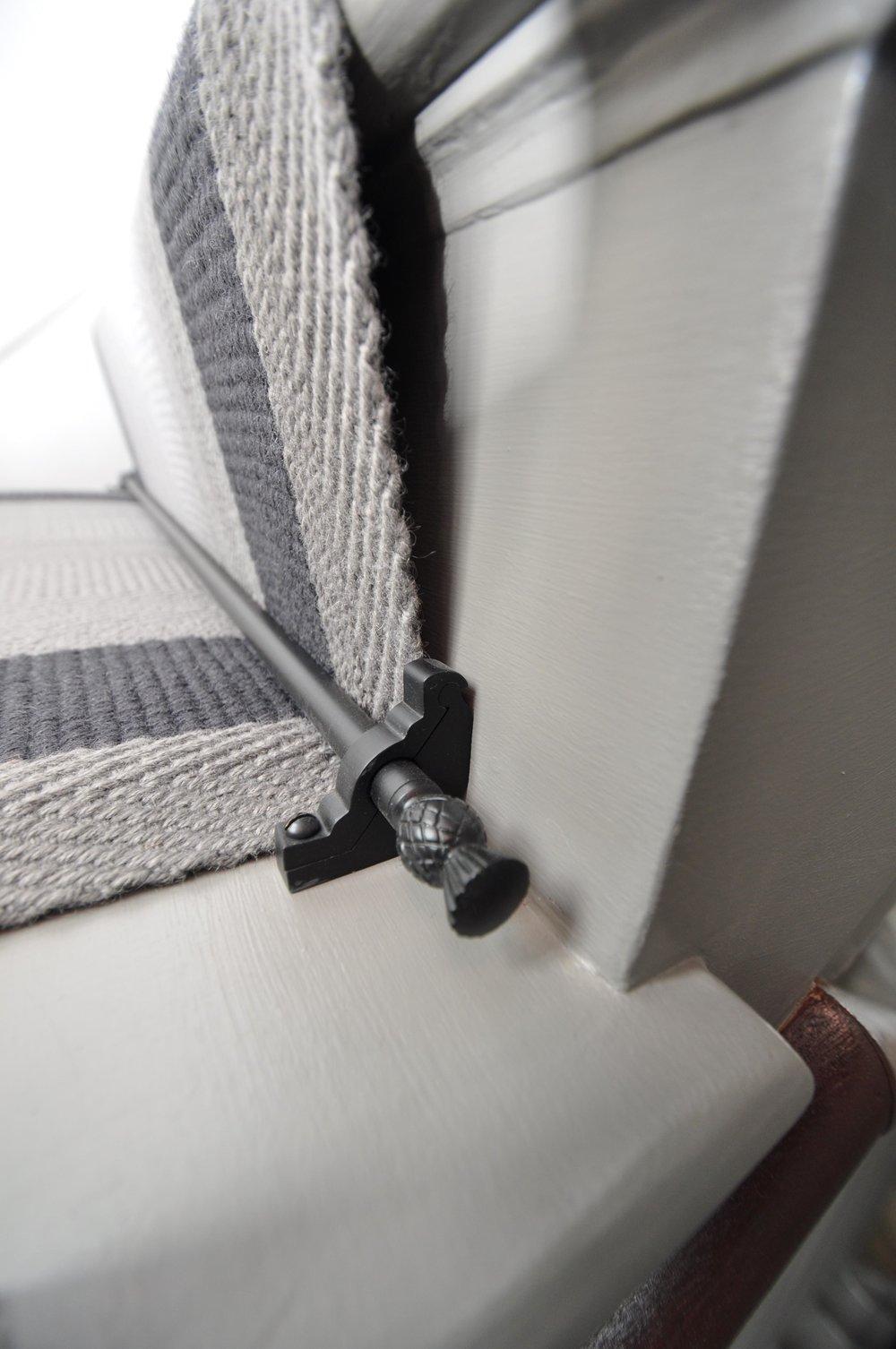 flatweave-stair-runner-london-bowloom-off-the-loom-geometric-carpet-DSC_1118.jpg