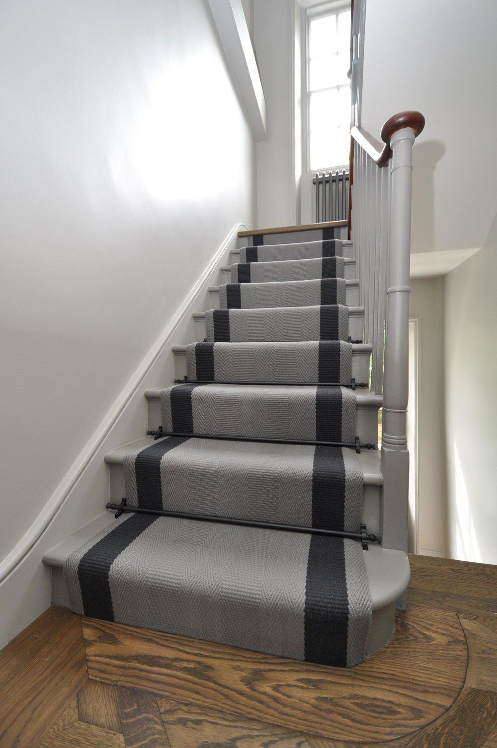 flatweave-stair-runner-london-bowloom-off-the-loom-geometric-carpet-DSC_1123.jpg