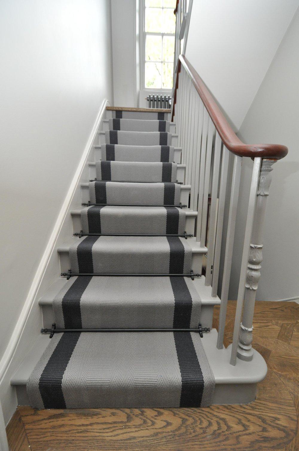 flatweave-stair-runner-london-bowloom-off-the-loom-geometric-carpet-DSC_1137.jpg