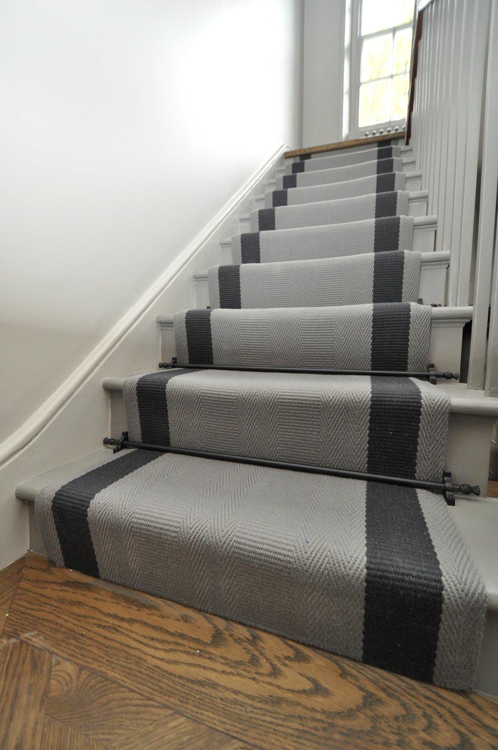 flatweave-stair-runner-london-bowloom-off-the-loom-geometric-carpet-DSC_1140.jpg