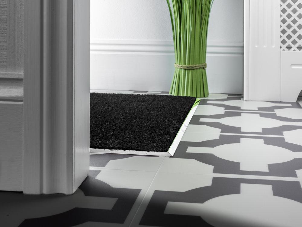 stairrods-matwell-chrome.jpg