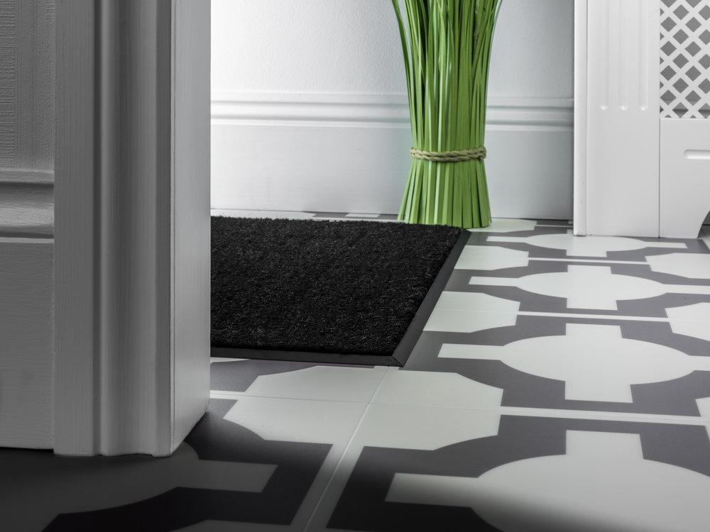 stairrods-matwell-black.jpg