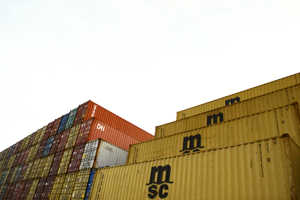 8_Elizabeth_Port_Container_wall_Long-criss-cross_WEB.jpg