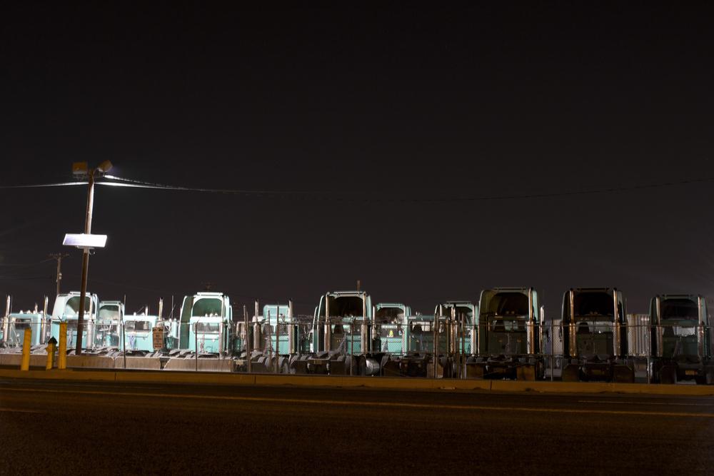 18_elizabeth_Trucks_WEB.jpg