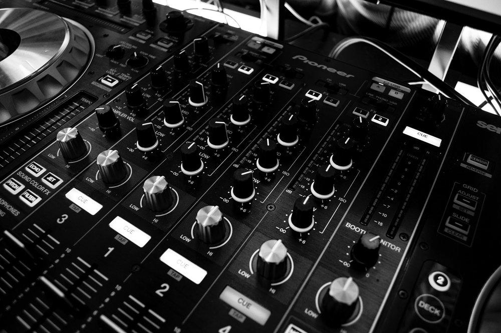 audio-dj-mix-63703.jpg